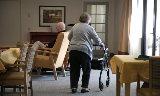Family-owned aged care companies criticised for 'aggressive tax minimisation'